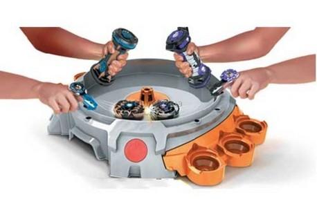 Детская игрушка Battle Strikers Магниты страйкер с ареной