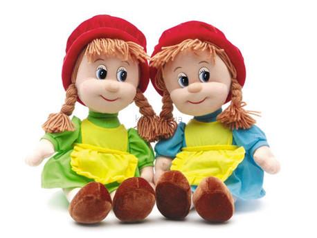 Детская игрушка Lava Красная шапочка средняя