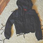 Курточка ветровка черная S размер в отличном состоянии без дефектов