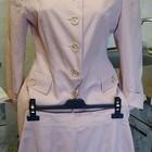 костюм женский (пиджак и юбка) нежно-персиковый La Madeleine Италия Размер S