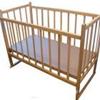 Кроватка КФ с опускаемой боковиной и качалкой