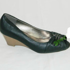 Красивые черные туфли с декором! Танкетка!