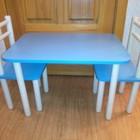 Детский столик голубого цвета с двумя стульчиками