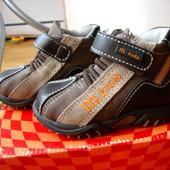 фірмові шкіряні прошиті черевички  melania італія