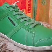 зелені шкіряні чоловічі  кросівки  Diesel 42 43р