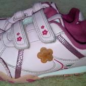 Дешевле!!! Кожаные кроссовки Clarks Cica с мигалками