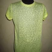 Тонюсенькая яркая футболка Young Dimension девочке на 9-10 лет