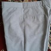 брюки светло -серые р 42