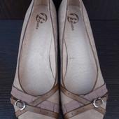 Туфли Итальянской фирмы Bata 40