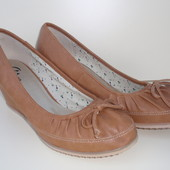 Удобные туфли бренда Bata, р. 41