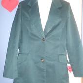 Школьный пиджак темно-зеленый раз. 46-48 на девочку