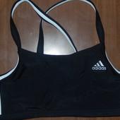 Adidas Новый топ на подростка 164 рост либо ХS для спорта или бассейна