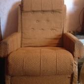 Два кресла для дачи, не раскладываются