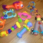Заграничные фирменые игрушки погремушки