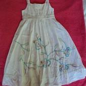 Фирменный сарафан платье на 4-5 лет