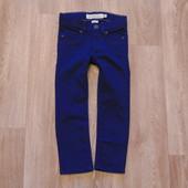#143. Новые яркие узкие джинсики от H&M, модель унисекс, размер 2-3 года.