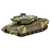 Модель - танк (свет, звук)