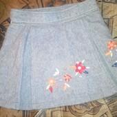 теплая юбка с вышивкой на подкладке на 4-6лет