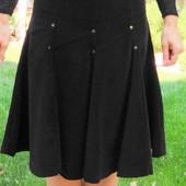 Вельветовая юбка коричневого цвета
