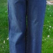 Beautiful Clothing. Прямые джинсы с пуговками на ширинке. Размер: 29 / 30