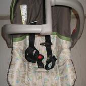 детское автомобильное сидение .