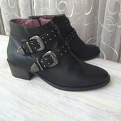 Ботинки Bata размер 37