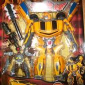 Робот Трансформер Большой Бамблби и робот!