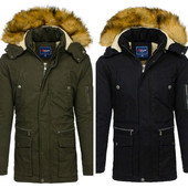 Мужская зимняя куртка парка черная и зеленая