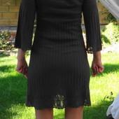 VILA. Тоненькое трикотажное платье с красивейшим рисунком.