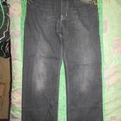 """Модные """"тертые"""" джинсы. Цвет: серо-черный. Фирменные, изготовлены в Индии. 100% Коттон, плотный. 31р"""