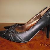 Женские кожаные туфли 5th Avenue