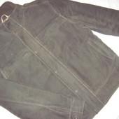 Демисезонная курточка для мужчины размером M (170-180)
