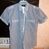 продам мужскую модную рубашку в клетку 44 размер S
