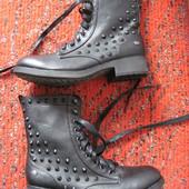 Новые MTNG  38, 24,5 см, узкая  ботинки женские