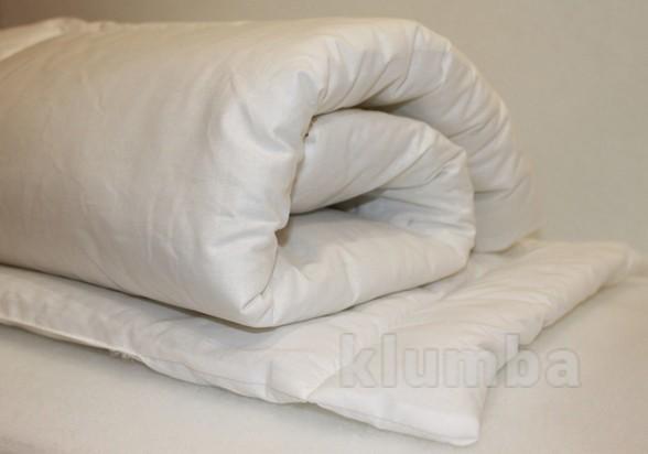 Одеяло и подушечка в детскую кроватку фото №1
