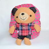 Детский рюкзак с плюшевой игрушкой мишкой роз.