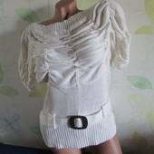 Нарядный белый свитер р. 44