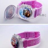 Детские часы с Эльзой, Анной (Холодное сердце)
