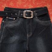 Новые женские (подростковые) джинсы размер S.