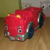 Пожарная машинка из набора плей до