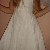 Очень красивое нарядное платье 6Т