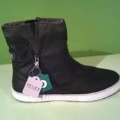 ботинки деми с утеплителем 30см.  из Германии стильные