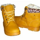 Теплые женские зимние ботинки