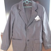 Пиджак мужской, темно-серый, новый. Размер: 46. Длина рукава: 63 см, длина изделия: 77 см