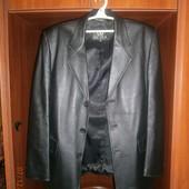 Кожаное пальто. XXXL  Пиджак. уп 12 грн