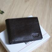 Мужской кошeлек портмоне BOND , натуральная кожа новый в наличии