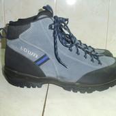 Lowa треккинговые  ботинки (42)