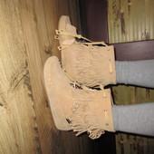 Продам замшевые ботиночки Bronx 38 р.