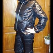 Зимний спортивный костюм на синтепоне тройка с гипюром