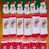 Детские теплые носочки с новогодними мотивами
